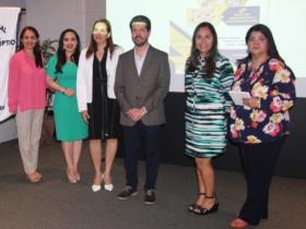 Dres. Bertha García, Viviana Corredores, Natalia Berges, Virgilio Valerio, Diana Carreño y Paola Álvarez